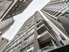 Condo for sale in Ville-Marie (Montréal) - $900,000 Condos For Sale, Apartments For Sale, Montreal, Multi Story Building, Louvre, Travel, Viajes, Destinations, Traveling