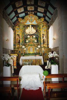 a cerimonia comea na igreja e claro que a decorao tambm tinha que estar ligada