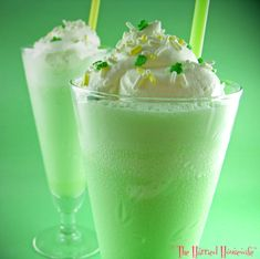 Limesicle Shakes (1 pint vanilla ice cream or frozen yogurt  1/4 cup lime gelatin (from a 4-serving size package)  3/4 cup milk or reduced-fat milk  1/4 cup half-and-half or fat-free half-and-half  3 to 4 drops green food color   Whipped cream   Candy sprinkles)