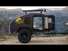 Would you like to go camping? If you would, you may be interested in turning your next camping adventure into a camping vacation. Camping vacations are fun Off Road Teardrop Trailer, Teardrop Trailer Plans, Teardrop Camping, Off Road Camper Trailer, Camper Trailers, Cargo Trailers, Rv Campers, Small Travel Trailers, Small Trailer
