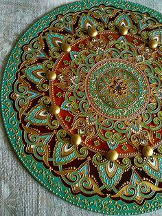 Clock for home handmade. Glass Painting Designs, Dot Art Painting, Ceramic Painting, Paint Designs, Ceramic Art, Mandala Drawing, Mandala Painting, Clock Art, Mosaic Patterns