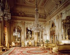 English chandeliers in Buckingham Palace