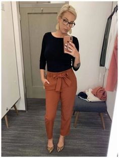 99 Fashionable Office Outfits and Work Attire for Women to Look Chic and Stylish – Lifestyle Scoops Stylish Work Outfits, Winter Outfits For Work, Curvy Outfits, Mode Outfits, Work Casual, Ladies Outfits, Chic Outfits, Classy Outfits, Curvy Work Outfit
