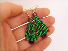 Top 10 Lovely DIY Christmas Beaded Earrings