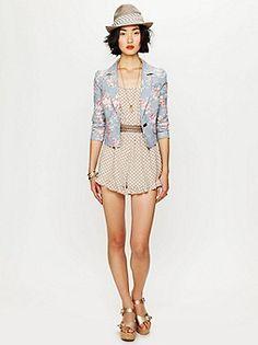 Eeeeee floral blazer :))