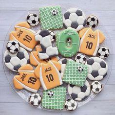 """@madrimahtani on Instagram: """"#madriscookiekitchen #soccer #birthday #cookies"""""""