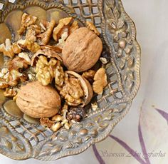 Fabulous Food Fotography Friday : The walnut lesson