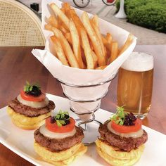 Kobe Burger Sliders | American style Kobe beef sliders, grilled tomato, manchego cheese, red onion jam truffle fries! www.rivalshollywood.com