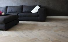 Houten visgraat vloer met vloerverwarming via Uipkes vloeren