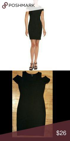 Cold Shoulder Dress Stretch Jessica Simpson Medium BLACK Cold Shoulder Body Con Dress Stretch Jessica Simpson.  Nice textured stretch fabric.  Size Medium.   NWOT Jessica Simpson Dresses