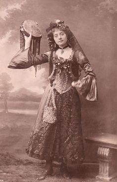 Florence Smithson, 1900s