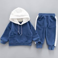Dark-blue Baby Toddler Animal Letters Print Hoodie And Pant Set Toddler Fashion, Boy Fashion, Fashion Goth, Boys Tracksuits, Baby Boy Outfits, Kids Outfits, Baby Clothes Patterns, Korean Babies, Boys Hoodies
