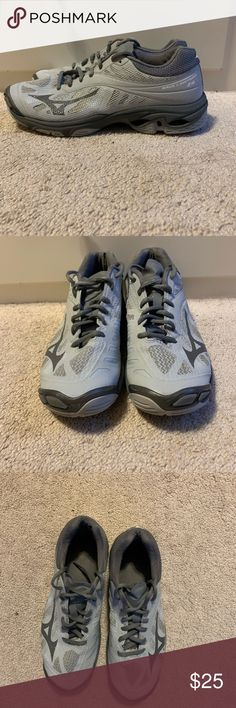 mizuno womens volleyball shoes size 8 x 3 inch measure images