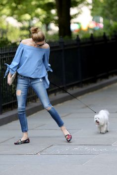 Olivia Palermo in Ripped Jeans -11