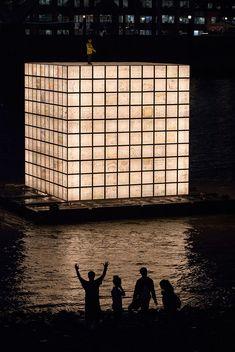 ik-joong kang lights up floating dreams on london's river thames