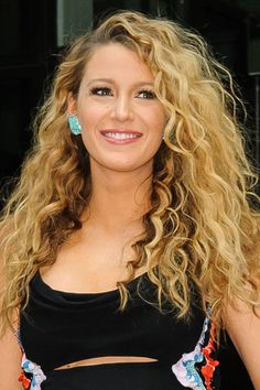 Gorgeous Look with Long Curly Wavy Hairstyle for Womens with Long Hair : Faux pe… Gorgeous Look with Long Curly Wavy Hairstyle for Womens with Long Hair : Faux perms hairstyle for womens with long curly wavy hair in photos and trends Long Curly Hair, Long Hair Cuts, Wavy Hair, New Hair, Hot Hair Styles, Curly Hair Styles, Easy Hairstyles, Long Permed Hairstyles, Stylish Hairstyles