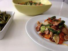 Yakisoba de Shitake e Vegetais - Sem Medida Espaço Gastronômico