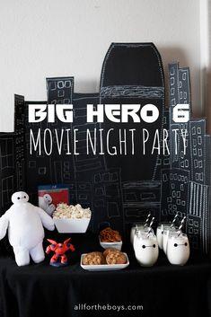 Big Hero 6 Movie Night Party Big Hero 6 milk shakes in clear cup. Baymax, Movie Night Party, Party Time, Movie Nights, Big Hero 6 Party Ideas, Disney Family Movies, Big Heroes, Hero 6 Movie, Disney Dinner