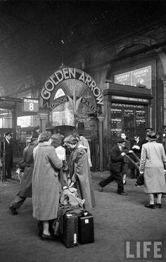 Victoria Station, departure platform for boat trains like Golden Arrow | Photo: Jack Birns, 1950