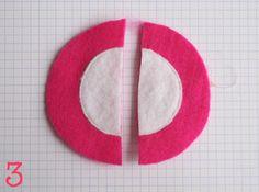 TUTO pour 2 radis : Cliquez sur chaque photo pour voir en plus grand Dans la feutrine rose (rouge), coupez un cercle moyen. Dans...