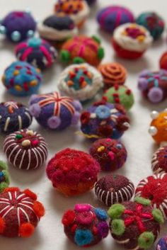 Felted Wool Gift Toppers