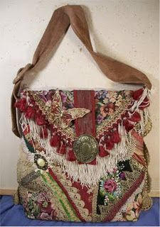 28d6a2f1158a6  Upcycle scraps of material and make a BoHo Bag (tutorial).