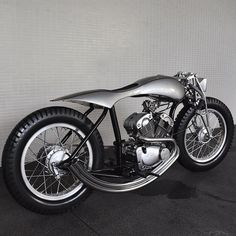 """Silver Aero"" Yamaha SRV250 rigid by Half Caste Creations 