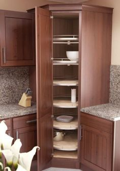Spectacular Tall Corner Kitchen Cabinet of Gorgeous High Kitchen Cabinet Solutions Stunning Kitchen Corner Pic Corner Cabinet Tall Kitchen Cabinets, Small Kitchen Pantry, Kitchen Pantry Design, Kitchen Corner, Interior Design Kitchen, Kitchen Storage, Corner Cabinets, Corner Shelves, Corner Cabinet Storage
