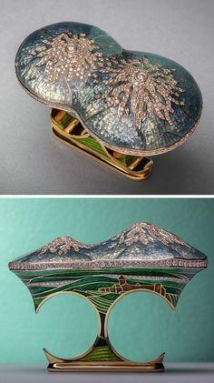 """""""Ararat"""" two finger ring, by Ilgiz Fazulzyanov"""