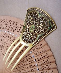 Art Nouveau Hair Comb Transitional Style Gilded and Carved