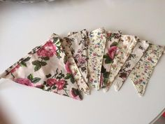 PRETTY SHABBY VINTAGE  COUNTRY  STYLE  CHIC FABRIC FLORAL  BUNTING