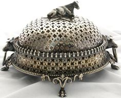 Silver butter with cow; on the prowl for something fab like this.