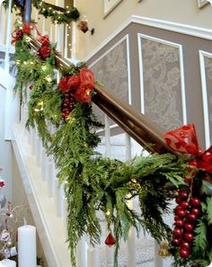 When I build my house, I will have stairs that look like this at Christmas.