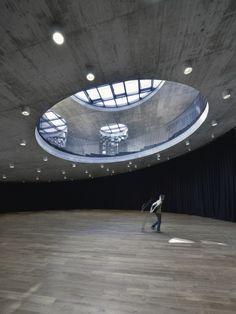 Centro Cultural EU Space Technologies / Dekleva Gregoric Arhitekti + SADAR + VUGA + OFIS architects + Bevk Perovic Arhitekti