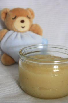 COMPOTE POMME-BANANE. Plus de recettes pour bébé sur www.enviedebienmanger.fr/idees-recettes/recettes-pour-bebe