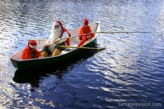 Joulupukki ja tontut kalassa