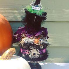 Halloween  owl.....oliveandtrixie.com #uniquegifts #oneofakind #handcrafted #handmade #makersgonnamake #shabby #shabbychicdecor #shabbystyle #shabbyhome #vintagestyle #vintageinspired #crafted #instashop #instasale #etsy #etsyseller #etsyfinds #etsystore #etsyusa #shopsmall #crafty #handmadeisbetter #halloween #halloweeniscoming #halloweendecorations #vintagehalloween #halloween2017 #ilovehalloween #spooky