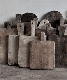 Geweldige verzameling oude houten planken. Zal mooi staan op aanrecht!