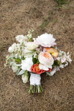 white, peach and pink bouquet | floral design: saipua