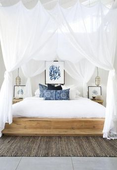 50+ Romantic Coastal Bedroom Decorating Ideas