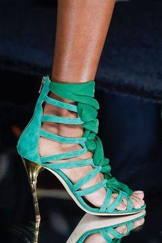 Tendances chaussures printemps été 2016 - L'Express Styles -BALMAIN