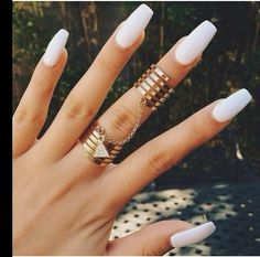 Coffin nails | white