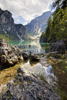 Lago di Braies, Val Pusteria, Dolomites, Italy http://www.flickr.com/photos/29861850@N04/6189895842/