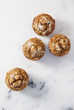 The BEST Pumpkin Muffins! The BEST Healthy Pumpkin Muffins that are soft, light and fluffy! These muffins are perfect for a fall-inspired breakfast on the go, a quick and healthy snack, or a guilt-free treat. Healthy Vegetarian Breakfast, Healthy Muffin Recipes, Quick Bread Recipes, Healthy Muffins, Sweet Recipes, Healthy Breakfasts, Healthy Desserts, Pumpkin Recipes, Fall Recipes