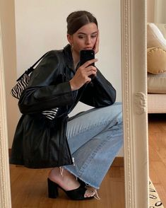 Fashion Mode, Look Fashion, Winter Fashion, Womens Fashion, Black Aesthetic Fashion, Modern Fashion, Fashion 2020, Trendy Outfits, Winter Outfits
