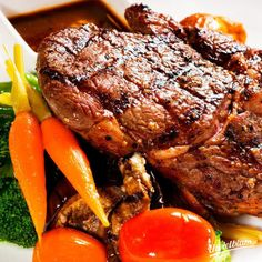 Grass-fed steak is delicious and nutritious. Check out my round-up of amazing grass fed steak recipes. Easy Steak Recipes, Grilled Steak Recipes, Beef Recipes For Dinner, Grilling Recipes, Cooking Recipes, Budget Cooking, Cooking Ideas, Pork Recipes, Healthy Recipes