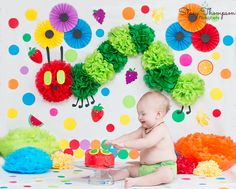 The Hungry Caterpillar Cake Smash Session.stacythompson… The Hungry Caterpillar Cake Smash Session. First Birthday Themes, Baby Girl Birthday, 3rd Birthday Parties, Birthday Photos, Birthday Banners, Birthday Invitations, Birthday Ideas, Hungry Caterpillar Cake, 1st Birthdays