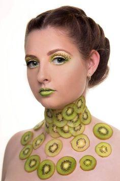 Fruit kiwi makeup