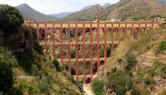 The Eagle Aqueduct, Maro