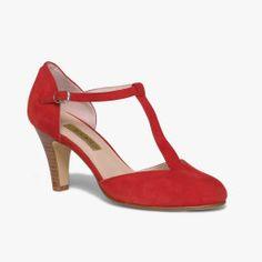 426c8a9f1c310 Nouvelle Collection de Chaussures   Accessoires pour Femme et Homme   Bocage.  Chaussures SaloméCuir VeloursBocageBleu Blanc RougeEscarpin ...